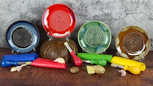 Masawi-Keramikreibe, Knoblauchreibe, Ingwerreibe, Muskatreibe