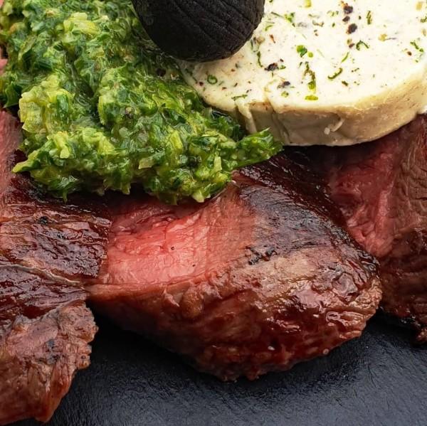 Chimichurri-auf-steak