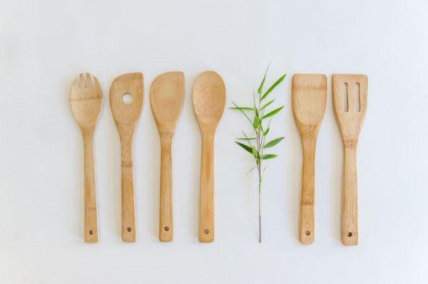 Bambus-Küchenhelfer