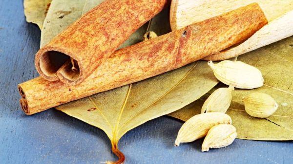 Indisches Reisgewürz, mit Zimtblätter