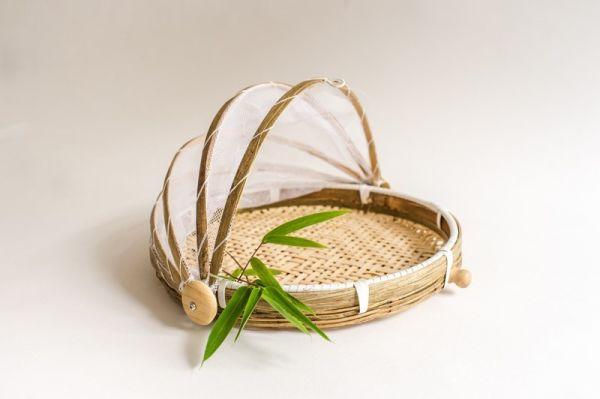Bambuskorb mit Insektenschutz, Obstkorb mit Abdeckhaube, Picknickkorb